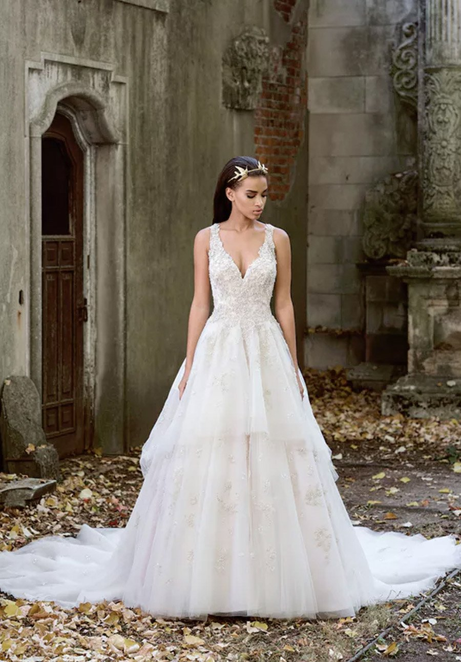 Wedding dresses le bella donna bridal boutique also browse our curvy collection a selection of plus size gowns visit our stores to see all the beautiful dresses ombrellifo Images