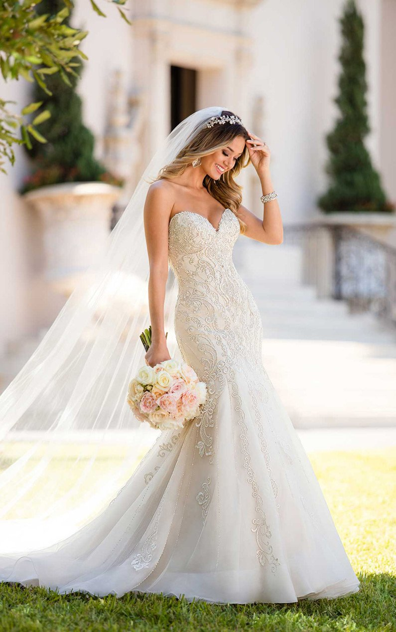 The Best Wedding Dresses For 2021 With Top Features